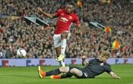 Fosu-Mensah, 'bệnh binh' mới nhất của Man Utd