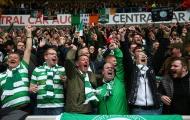 Không khí rực lửa trong trận derby kinh điển Scotland