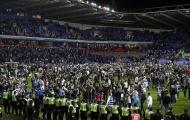 Reading vào chung kết Play-off Championship, CĐV tràn ngập sân 'bao vây' thầy trò Jaap Stam
