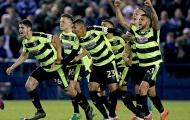 Thắng luân lưu cân não, Huddersfield giành vé vào chung kết Play-off