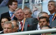 Vô địch Europa League, Mourinho nói gì với Sir Alex Ferguson?