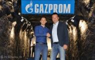 NÓNG: Schalke trao ghế nóng cho HLV bằng tuổi Ronaldo