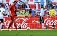 Vừa đến Bayern, Serge Gnabry tiếp tục 'lang bạt'
