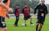Vừa trở lại, Benitez đã khiến các học trò 'khổ sở'