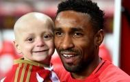 Sunderland đá trận cầu tri ân cậu bé mascot nổi tiếng