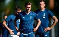 Dàn sao Juventus lộ bụng béo tại Vinovo