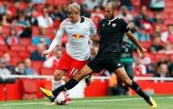 Phung phí cơ hội, Á quân Bundesliga được dạy cho một bài học