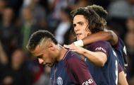 Muốn 'nhường' penalty cho Cavani, Neymar khiến NHM cười 'té ghế'