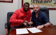 CHÍNH THỨC: 'Thần đồng' Niang chia tay AC Milan