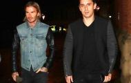Dàn huyền thoại M.U nô nức kéo đến quán rượu của Neville, Beckham