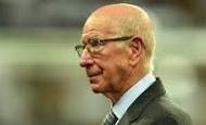 Nhìn lại quá khứ huy hoàng của Sir Bobby Charlton