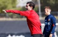Valencia thăng hoa, HLV Marcelino vẫn 'quát tháo' học trò trên sân tập