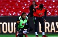 Neymar bị 'triệt hạ', Coutinho nóng lòng chờ ngày trở lại