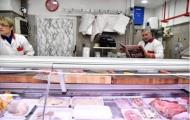 Người dân Italia 'chăm chỉ' đọc báo sau bi kịch tại San Siro