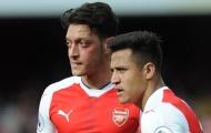 Chiến Tottenham, Arsenal phải 'trảm' Sanchez & Ozil