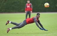 TOÀN CẢNH lực lượng Arsenal: Không Giroud, nên bỏ luôn Sanchez?