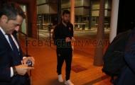 Messi ngơ ngác khi cùng Barca hành quân đến Madrid trong đêm