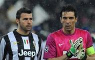 Nỗi đau chưa dứt, Buffon cùng Barzagli ngồi dự bị