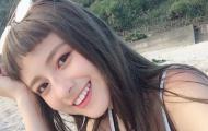 Em gái châu Á để mái tóc ngố cực kỳ dễ thương