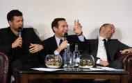 Trở lại Chelsea, Lampard cười khoái chí bên cạnh Ballack và Cole