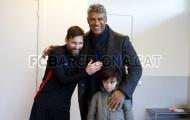 Messi vui mừng khi gặp lại người anh mang ơn nhất sự nghiệp