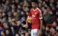 Cameron Borthwick-Jackson tài năng không có đất dụng võ ở Man Utd