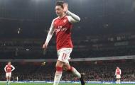 CỰC NÓNG: Mesut Ozil đồng ý ở lại Arsenal