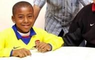 Fan thích thú với loạt ảnh 'ngày ấy - bây giờ' của sao Arsenal