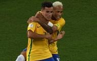 Neymar chúc mừng Coutinho, cuộc đua La Liga có thể khép lại