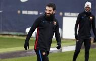 CHÍNH THỨC: Barcelona chia tay cầu thủ đầu tiên trong mùa Đông