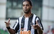 Khi Ronaldinho đối đấu với Neymar lần đầu tiên