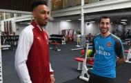 Có Aubameyang - Mkhitaryan, Arsenal tái hiện 'bóng đá điện xẹt'