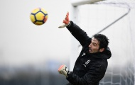 Buffon bay lượn giữa trời tuyết, quyết làm nản lòng Fiorentina