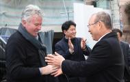 Guus Hiddink chúc mừng thành công của HLV Park Hang-seo