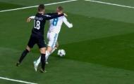 'Real Madrid ăn vạ, trọng tài đứng về chủ nhà'