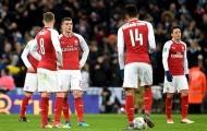 Nhìn thống kê hãi hùng, CĐV Arsenal càng cám cảnh