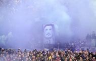 Trận Fiorentina - Benevento dừng lại ở phút 13 để tưởng nhớ Davide Astori