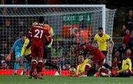 Salah hủy diệt Watford ngay cả khi đã té ngã
