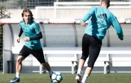 Modric cày nát sân tập Real, bác tin chấn thương