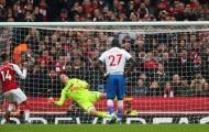Ghi 3 bàn trong 15 phút cuối, Arsenal đẩy Stoke City đến bờ vực xuống hạng