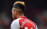 Aubameyang nói gì về cái tên bí ẩn trên tóc