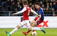 Arsenal thoát hiểm, đáng mừng hay đáng lo?