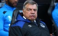 Big Sam bị Ban lãnh đạo Everton 'chơi khăm'