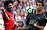 Tại sao Ronaldo là người đầu tiên đến động viên khi Salah rời sân?