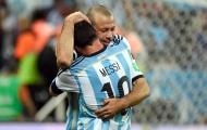 Quên Messi đi, Argentina cần đổ máu và Mascherano thủ lĩnh hơn