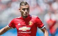 Fan Man Utd 'chỉ điểm' Mourinho cái tên xứng đáng thay Carrick