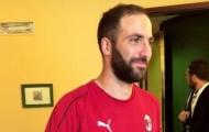 Tới Milan, Juventus vẫn phải trả lương cho Higuain