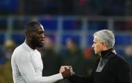 'Trò cưng' ra sức bảo vệ Mourinho trước bão chỉ trích