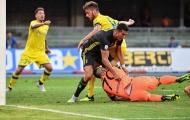 Ra mắt Juventus, Ronaldo húc đối thủ nhập viện