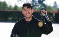 Son Heung-min hí hửng mang HCV ASIAD sang tận Premier League